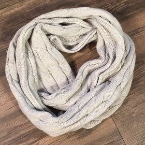 Infinity Scarf Chunky Cable knit Ivory Grey